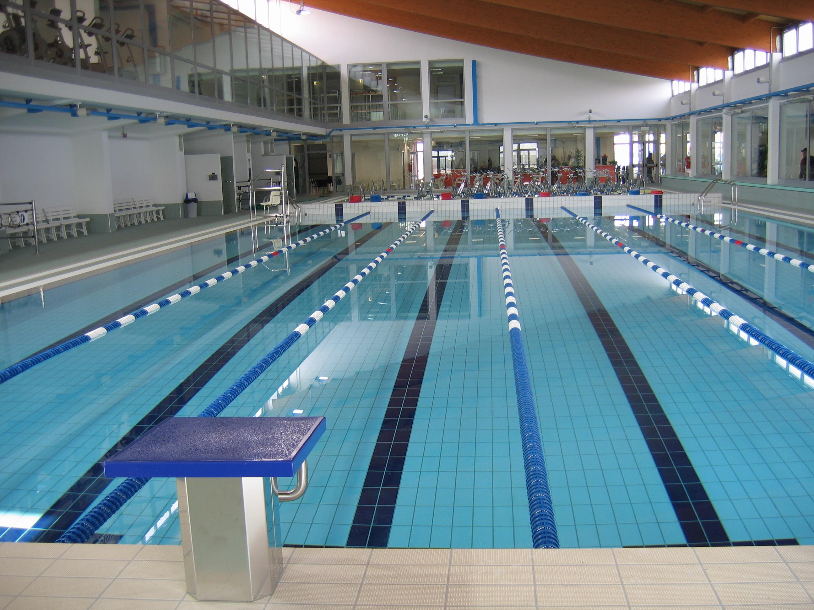 Acqua fitness piscina palestra ozzano ozzano turismo - Piscina ozzano orari ...