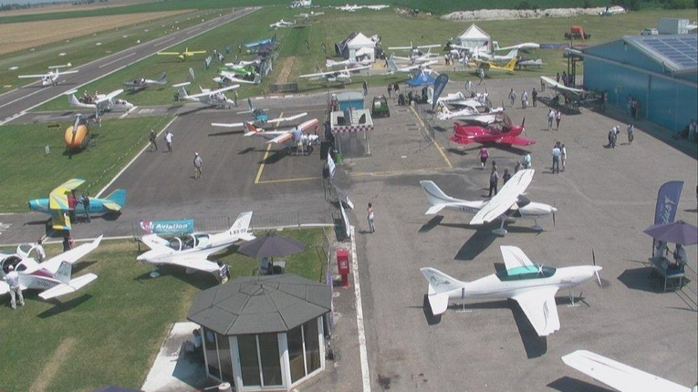 Scuola e campo volo Aviosuperfice FlyOzzano