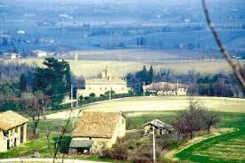 Villa Massei di Ozzano dell'Emilia, vista da lontano